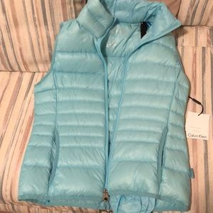 Calvin Klein vest size small NWT